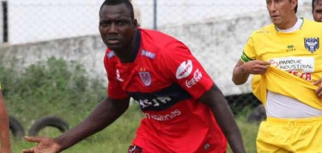 Mercad llegó esta temporada al fútbol boliviano.