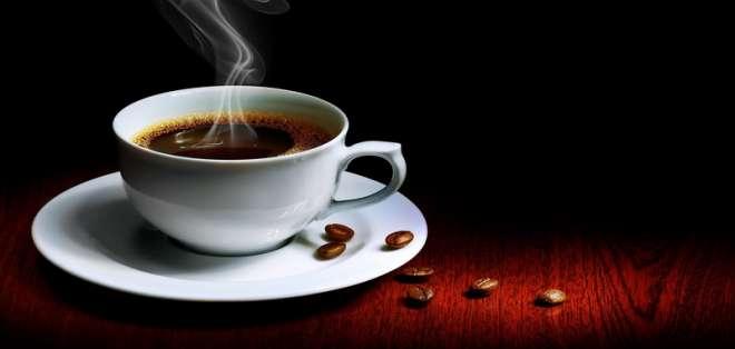 El café podría proteger de enfermedades cardiovasculares, Alzheimer, Parkinson o de la diabetes.