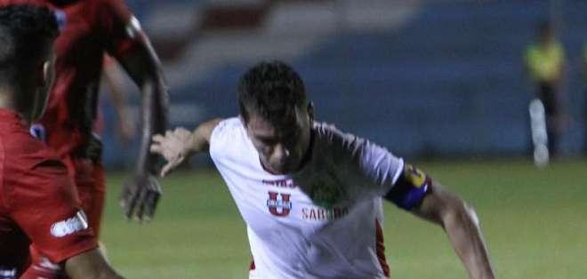 ECUADOR.- El cuadro lojano llegó con el go de la victoria en el minuto 86 del encuentro. Fotos: API
