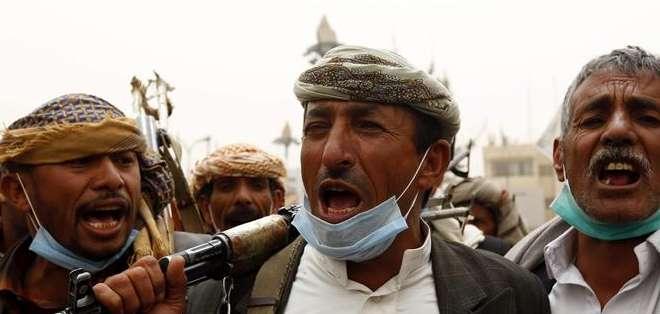 YEMEN.- Los enfrentamientos entre las fuerzas hutíes y los comités populares leales al presidente yemení han causado miles de victimas. Fotos: EFE