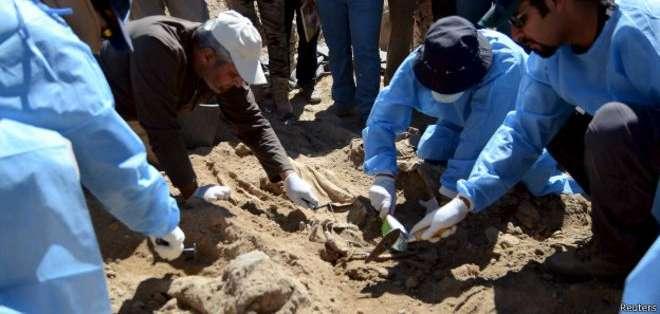 Los forenses comenzaron las excavaciones el domingo.