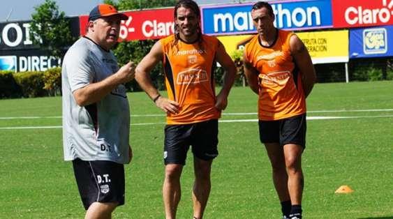 Israel planea ganar los 3 puntos en Asunción. Foto: Barcelona web.