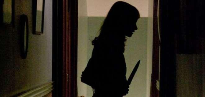 Svetlana Ilvina de 45 años no aceptó las disculpas de su esposo luego de la ofensa y decidió matarlo mientras dormía.