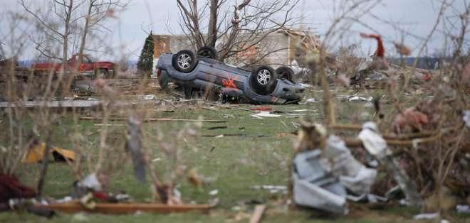 ESTADOS UNIDOS. De acuerdo al Centro de Previsión de Tormentas, se reportaron 8 tornados en el medio oeste del país durante el jueves. Fotos: EFE