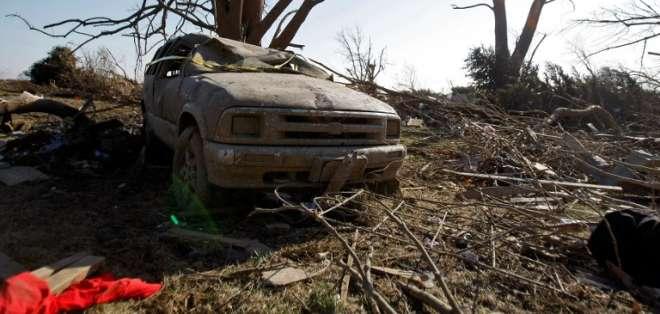 Un tornado particularmente poderoso mató a dos personas en Illinois. Foto: AFP
