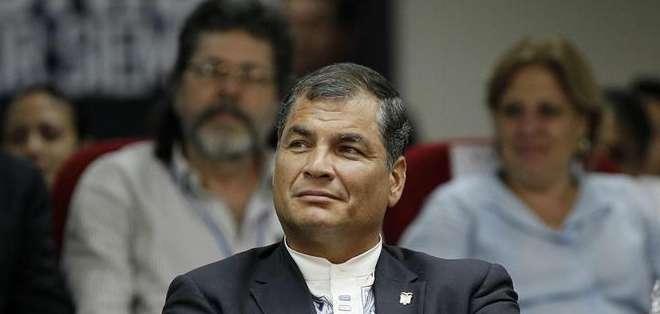 """PANAMÁ. Correa celebró la participación de Cuba: """"por primera vez estamos todos. Jamás volveremos a ser el patio trasero de nadie"""". Fotos: EFE"""