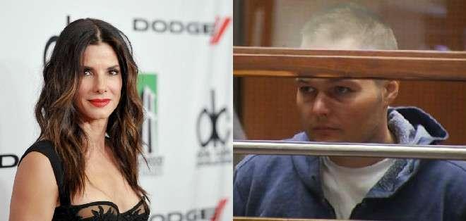 Un policía de Los Ángeles, declaró que Corbett llevaba un cuaderno negro con una carta de dos páginas para Bullock y fotos de revista de la actriz cuando fue arrestado.
