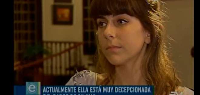 """Ericka Veléz entrevistó en """"El lado oscuro"""" a Arianaïs Alezra, la madre de Gaspard. Foto: Ecuavisa"""