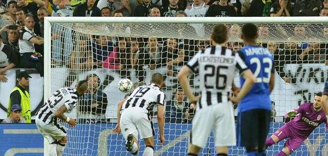 ITALIA.- El equipo italiano  tuvo que emplearse a fondo para doblegar al conjunto monegasco. Fotos: EFE
