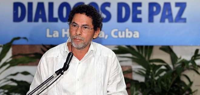"""""""Sea emboscada o contraemboscada (poco importa), lo que tenemos que ver es que hay unos colombianos muertos"""", dijo Alape."""