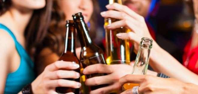 Cada año mueren en el mundo 3,3 millones de personas a consecuencia del consumo nocivo de alcohol. Foto: Web