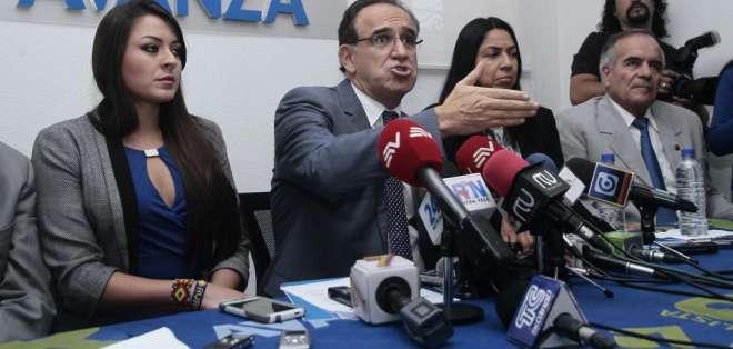 Alianza PAIS dice que Ramiro González fue removido del gobierno. Foto: API