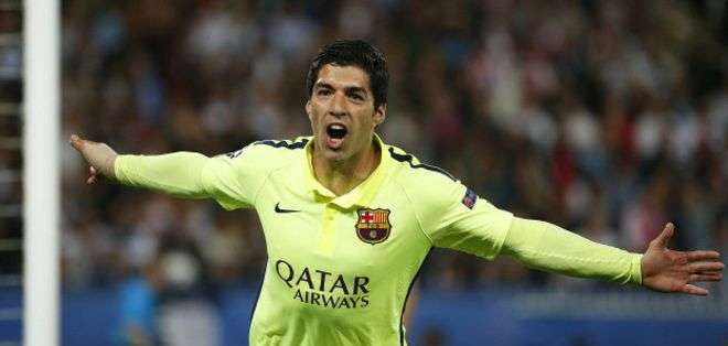 Los goles de Luis Suárez contribuyeron a la cómoda victoria del Barcelona sobre el PSG 3-1.