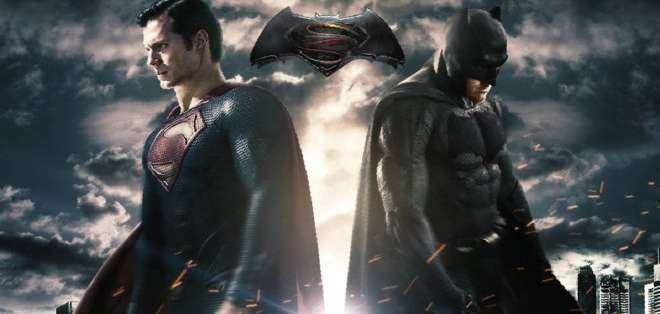 'Batman v Superman: Dawn of Justice' se estrenará el 25 de marzo de 2016.