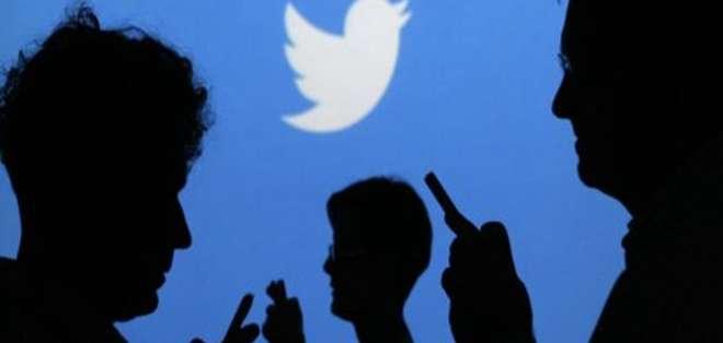 EE.UU.- La red social reforzará el equipo que aplica las nuevas reglas y detectará contenidos injuriosos. Foto: Web El País.