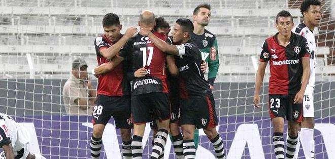 El gol del triunfo del Atlas en la Copa Libertadores que aún lo mantiene con vida (Foto: EFE)