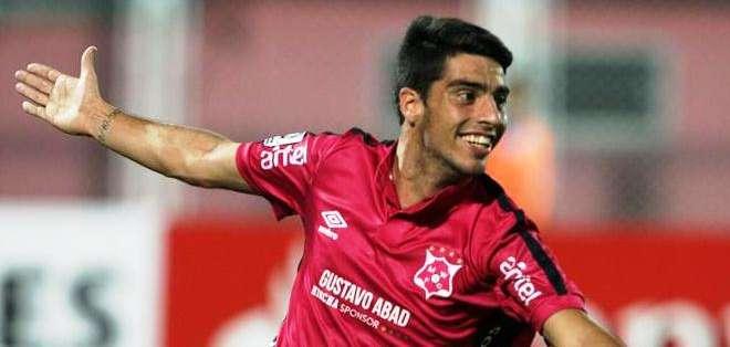 Emiliano Díaz celebra uno de los goles ante el Zamora (Foto: EFE)