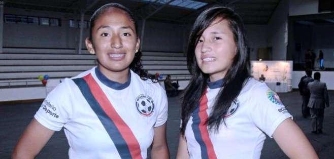 Jodelyn Salas y Samantha Naranjo del equipo Quito (Foto: API)