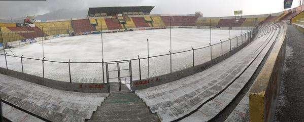 El escenario quedó blanco. Foto: Miguel Guachamín (@migue_guacha).