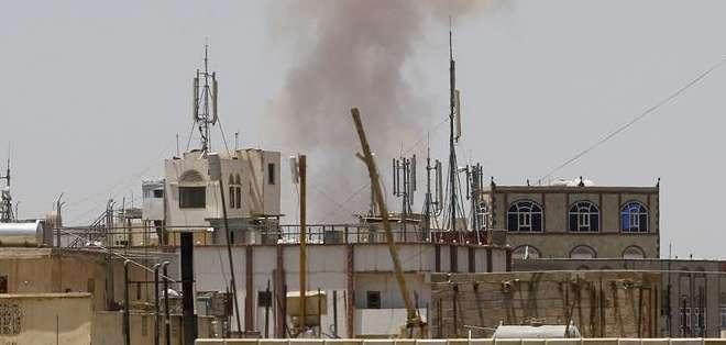 YEMEN.- Un portavoz de la coalición confirmó el bombardeo de posiciones de los rebeldes hutíes. Fotos: EFE