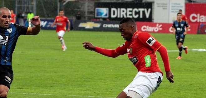 Bolaños fue artífice el segundo gol del Cuenca con un centro para Garcés. Foto: API.