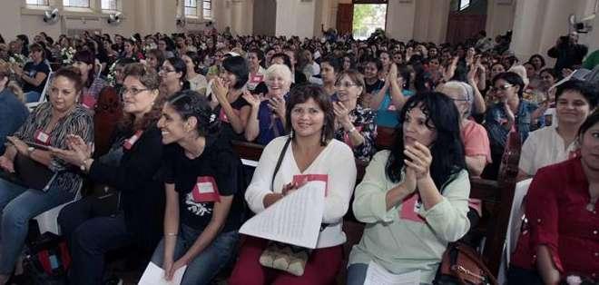 PARAGUAY.- El coro tendrá un repertorio de unas 25 canciones, pero sigue abierto el concurso del himno oficial. Fotos: EFE