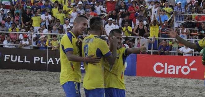 Los seleccionados ecuatorianos celebrando un gol. Foto: FEF.