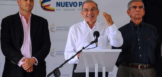 """""""No vamos a desistir de continuar este camino del dialogo"""", anunció el jefe negociador. Foto: AFP"""