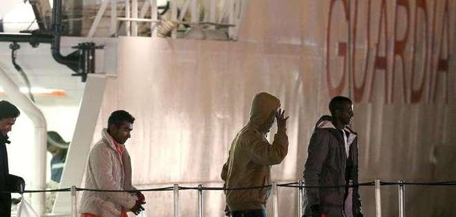 ITALIA.- El Alto Comisionado de Naciones Unidas (ACNUR) declaró que hay más de 35.000 solicitantes de asilo. Fotos: EFE