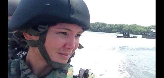 GUAYAQUIL.- En esta ocasión Dallyana Passailaigue asumió el reto de ser una infante de marina. Fotos: Cortesía Dallyana Passailaigue.