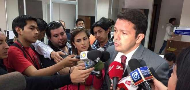 Compromiso Ecuador espera que la Corte Constitucional ordene al CNE que emita los formularios.