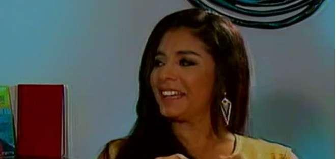 Paola Farías tiene 18 años de carrera y cuenta que su primera experiencia en público fue cuando participó en el Miss Ecuador 1994.