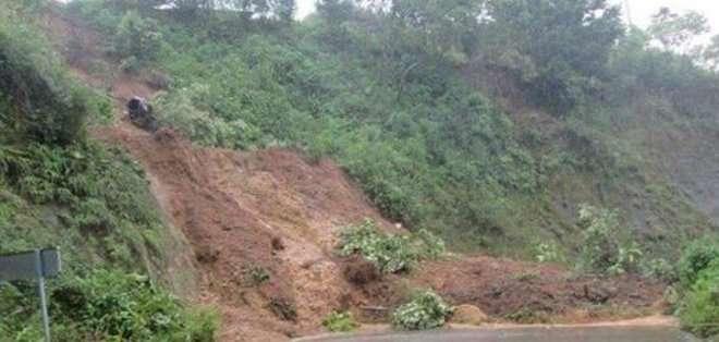 COTOPAXI, Ecuador. Al momento, existen por lo menos 3 deslaves y 6 puentes están afectados y con peligro de desplomarse.