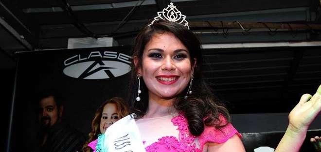 De entre 13 jóvenes la vencedora fue Raquel Jiménez, de 24 años. Fotos: EFE.