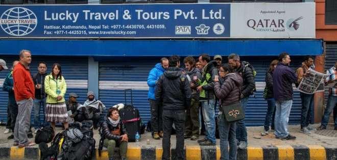 Al menos 19 ciudadanos latinoamericanos continuaban desaparecidos en Nepal este lunes por la mañana.