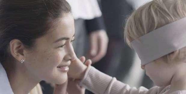 Este video demuestra que el olor de una madre es tan representativo como su cariño.