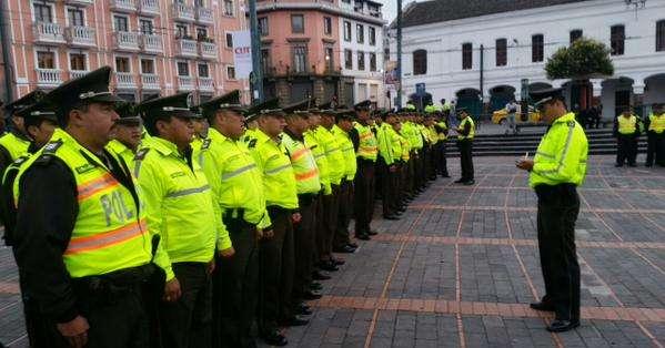 ECUADOR.- Miles de efectivos de la Policía Nacional se alistan para brindar seguridad a los participantes de las marchas del 1 de Mayo. Foto: Policía Nacional