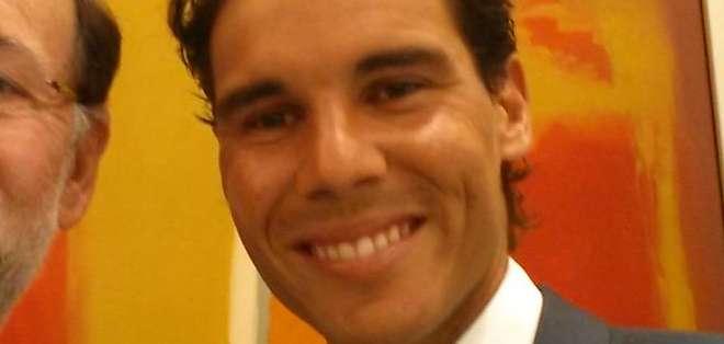 ESPAÑA.- El tenista español recibió la Medalla de Oro al Mérito en el Trabajo en el Palacio de la Moncloa. Fotos: EFE