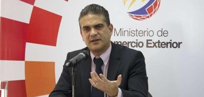 """El exministro de Comercio Exterior será el """"representante del Ecuador ante el Fondo Monetario"""", señaló Correa."""