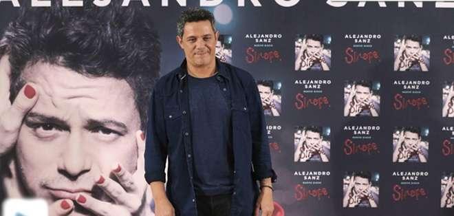 ESPAÑA.- El trabajo discográfico es el décimo en la carrera del cantante.  Fotos: El Mundo