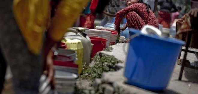 NEPAL.- La ayuda de la Comisión asignada a Nepal desde el terremoto asciende a 22,6 millones de euros. Fotos: EFE