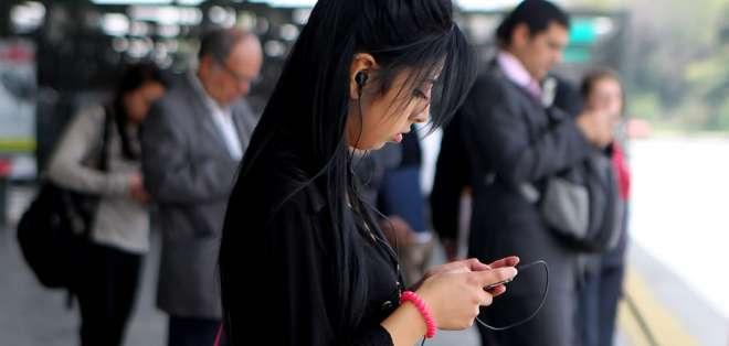 Todavía por paliar la brecha digital, según destacaron hoy diversos expertos en telecomunicaciones.