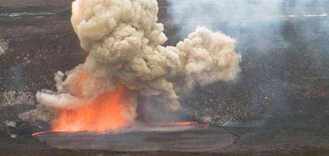 El derrumbe causó una explosión a la que siguió la expulsión de fragmentos de roca del tamaño de un puño.