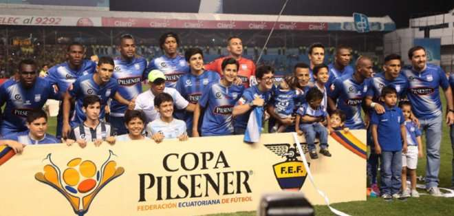 Emelec busca tomar ventaja en octavos de Libertadores.