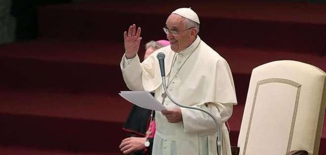 Durante el periplo oficiará cinco misas, pronunciará 12 discursos, hará visitas de cortesía a los presidentes de los tres Estados.