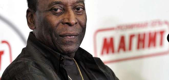 Pelé saldrá de alta este sábado tras haber sido sometido a un procedimiento quirúrgico.
