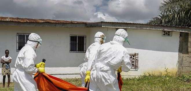LIBERIA.- En un año, 4.700 personas  de un total de 10.500 casos, murieron en este país.  Fotos: EFE