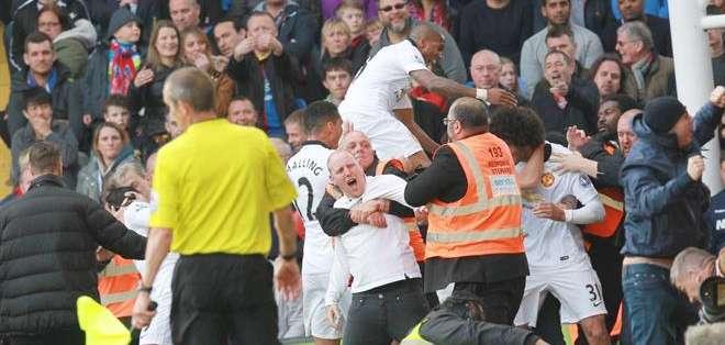 REINO UNIDO.- La victoria del Mánchester United puso fin a una serie de tres derrotas seguidas. Fotos: EFE