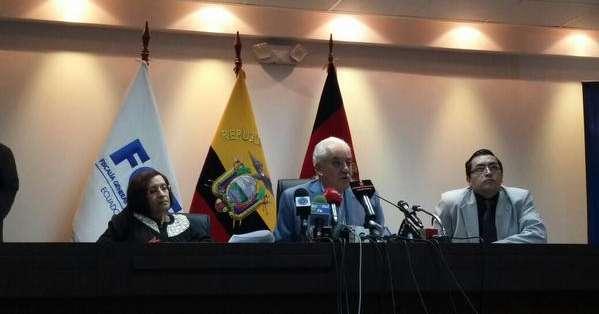 QUITO.- La Fiscalía sostiene que se trata de una banda delictiva internacional.  Fotos: Web y Twitter Vistazo.