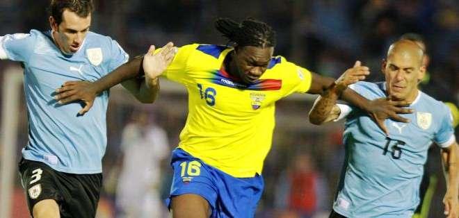 Felipe Caicedo, podría ser baja en la selección ecuatoriana (Foto: Internet)